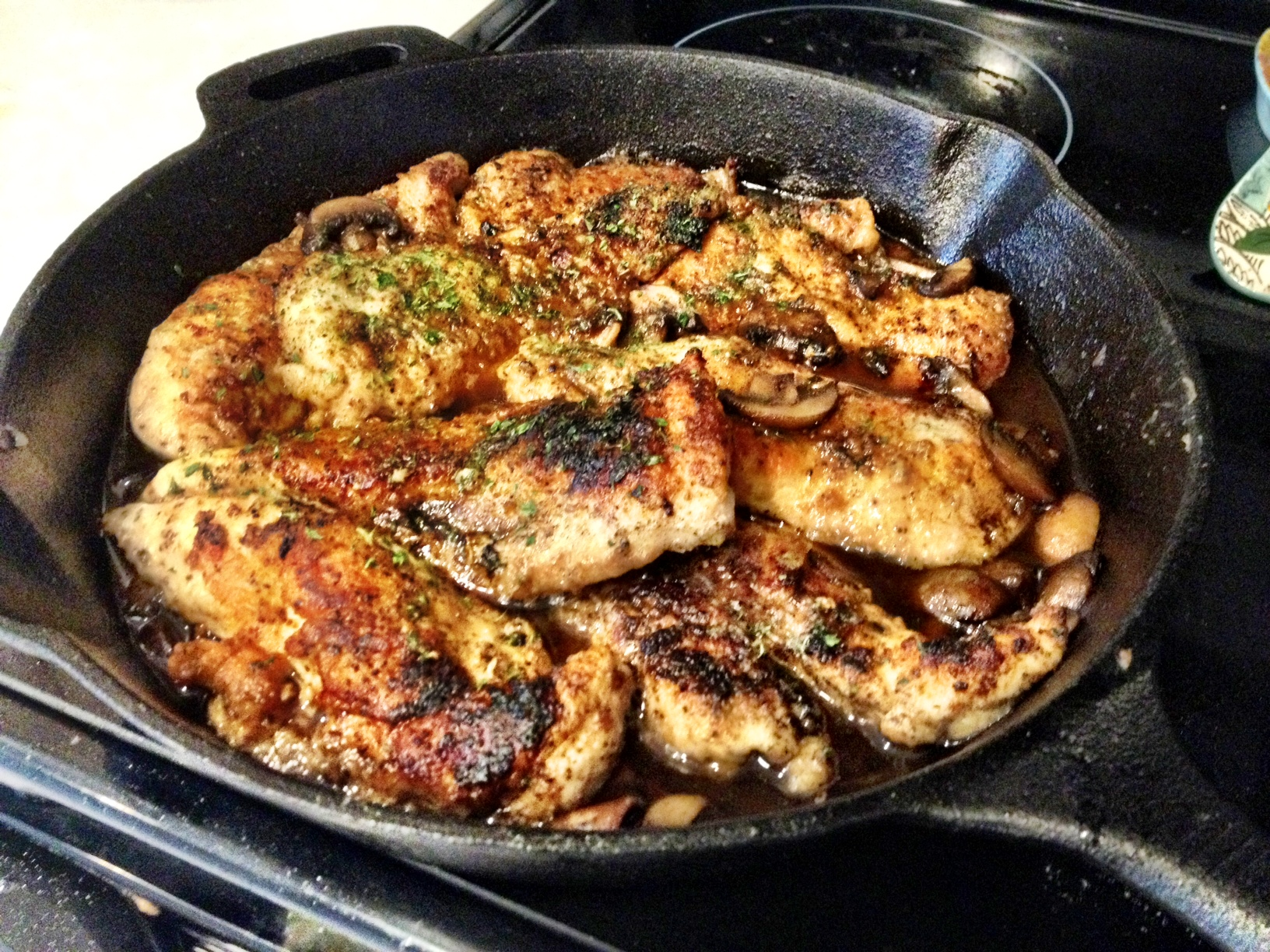 chicken marsala in pan